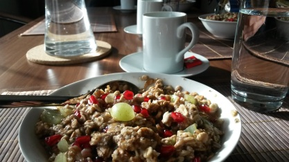 Oatmeal with fruits, nuts and seeds