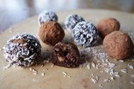 Moisty raw chocolate truffles