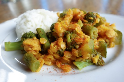 Coconut Indian curry with lentils and vegetables